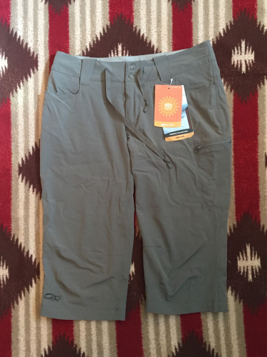 NWT - Outdoor Research Ferrosi Capris - Women's 4 - Pewter