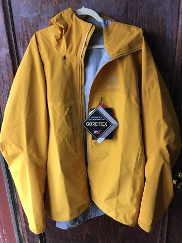Men's Arcteryx goretex jacket