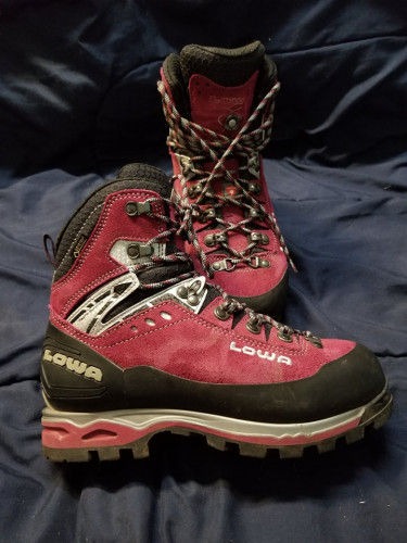 Women's Lowa Mountaineering Boots