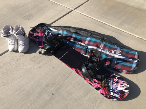 Women's Camp Eleven Snowboard (153 cm) + Dakine Bag + Flow Boots