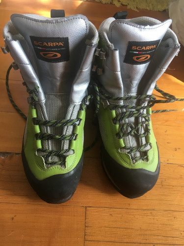 Scarpa Charmoz  mountaineering boots, women's 7