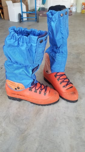 Discounted San Marcos Expedition boots with gore tex insulated gaitors