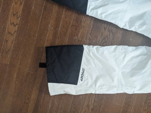 Spyder women's snowboarding pants size Medium