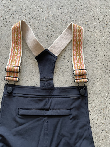 Overalls with elastic suspenders