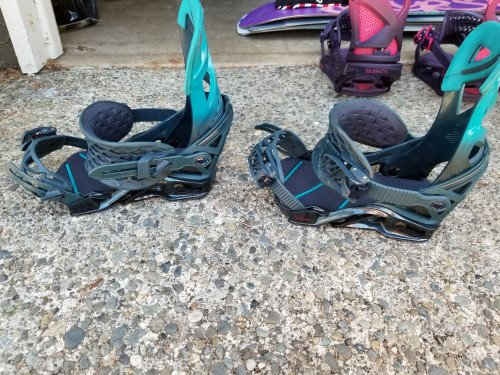 Wmn's Salomon hologram