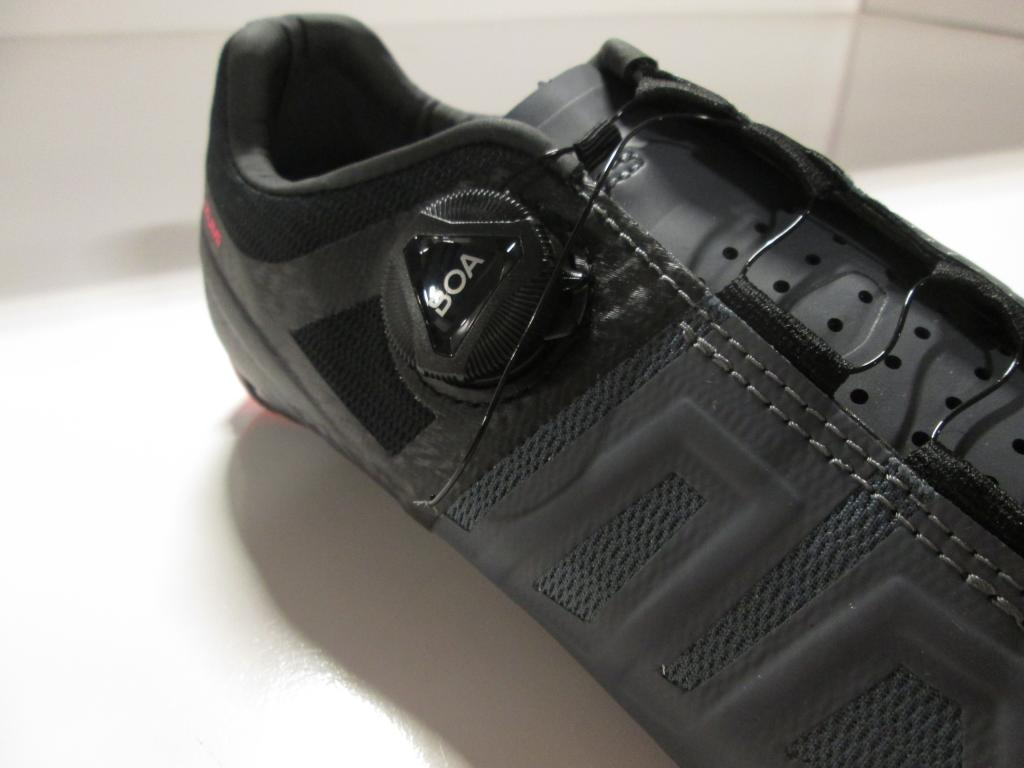 Attack Road Cycling Shoe - Women's Black/Atomic Red, 39.5 - Good