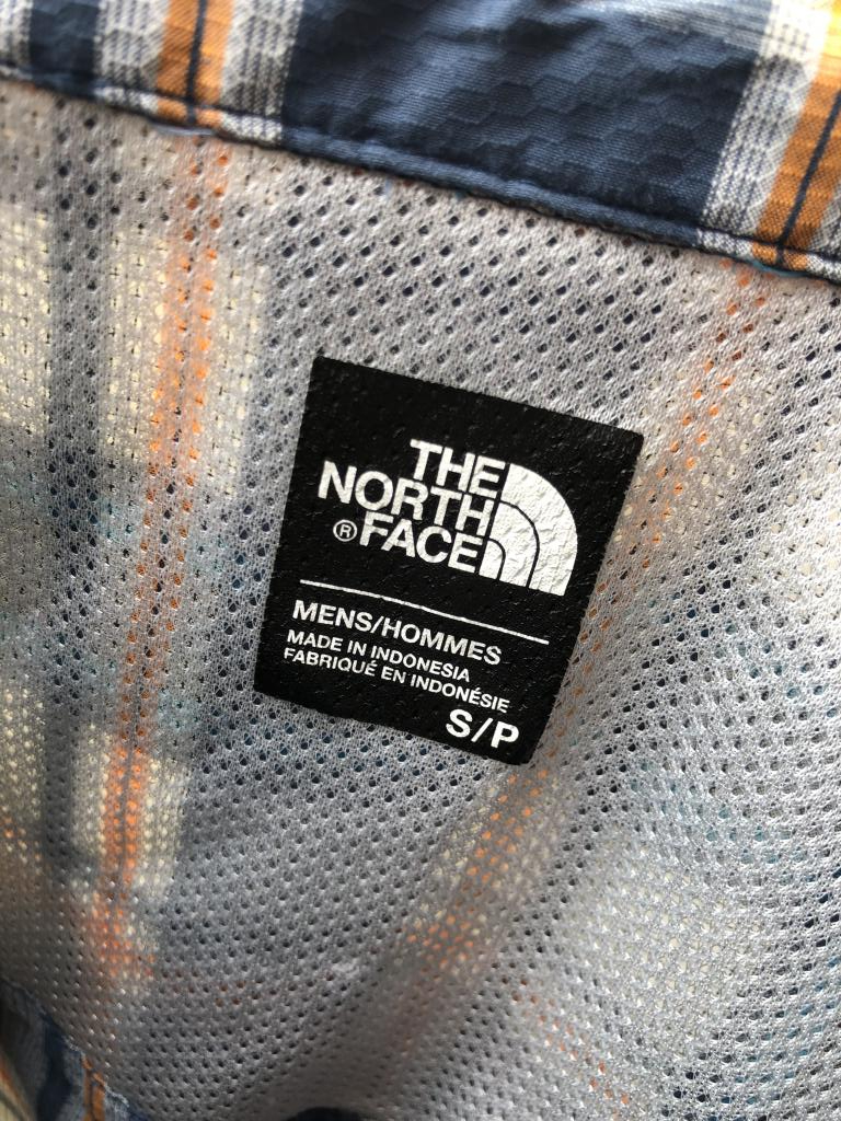 Men's North Face Plaid Short Sleeve Shirt, Size Small