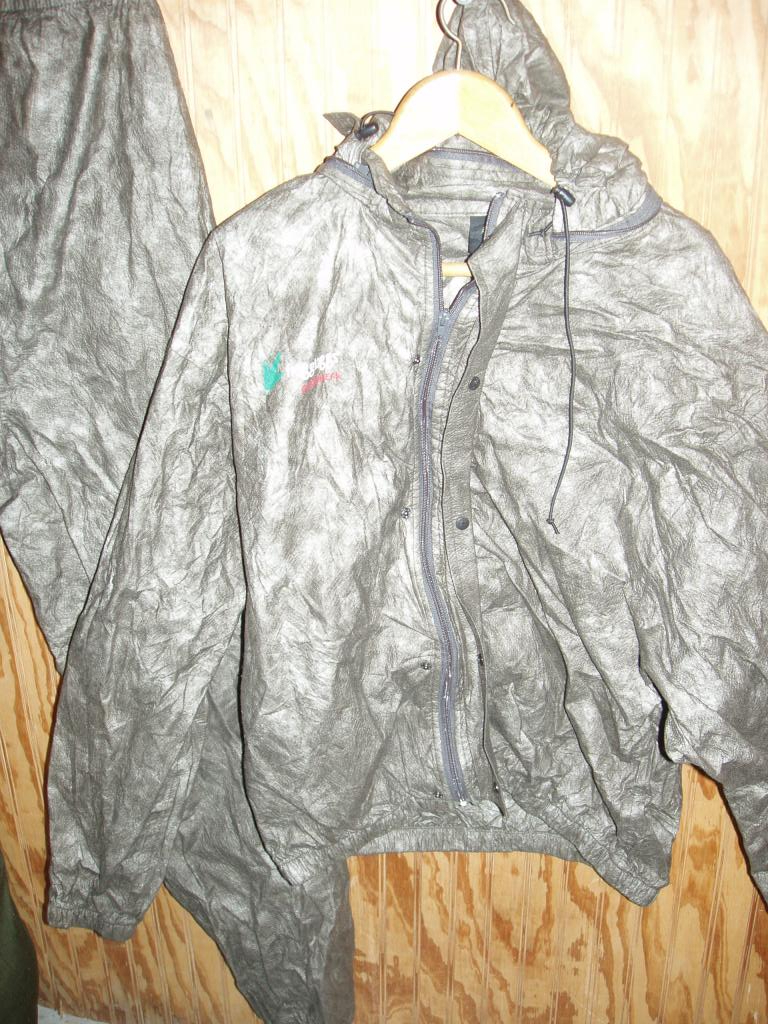 Frogg Toggs Rain Suit (WATERPROOF/Breathable) Size XL