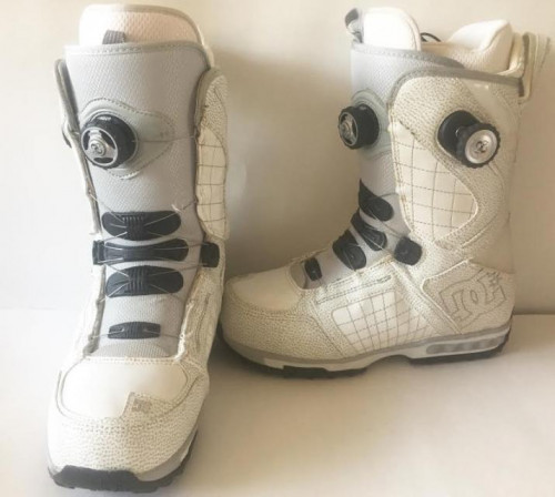 DC White Snowboarding Boots