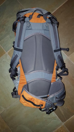 REI Pinnacle 40 pack