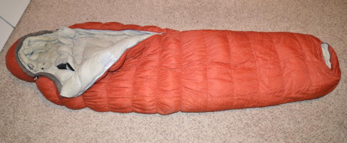 Sierra Designs Nitro 0° F degree 800 Fill long sleeping bag red color