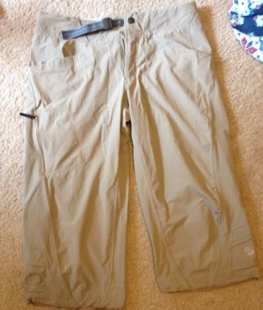Mountain Hard Wear Women's Capris Size 8 Khaki
