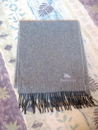 Burberrys of London Cashmere Scarf