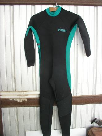 Kabban Full Wet Suit Size Mens Large