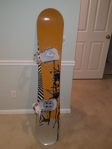 Atomic Rapture snowboard, 156cm, with boots and step in bindings