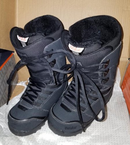 Women's ThirtyTwo (32) LASHED Black SNOWBOARD BOOTS 2012-2013 sz 6.5