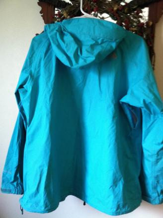 North Face Women's Venture Rain Jacket (Large)