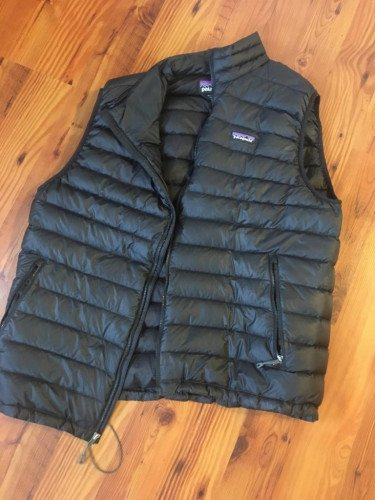 Patagonia Men's XL Down Puffy Vest