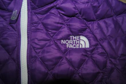 North Face Girl's M Thermoball Jacket