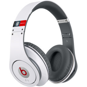 Beats Studio Over Ear Headphones - Ekocycle White,