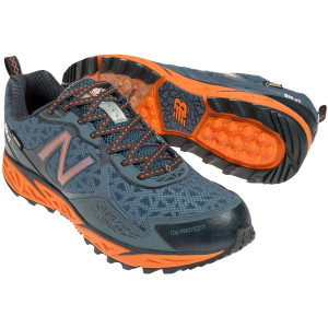 MT910v1 NBX/Gore-Tex Running Shoe - Men's Navy/Ora
