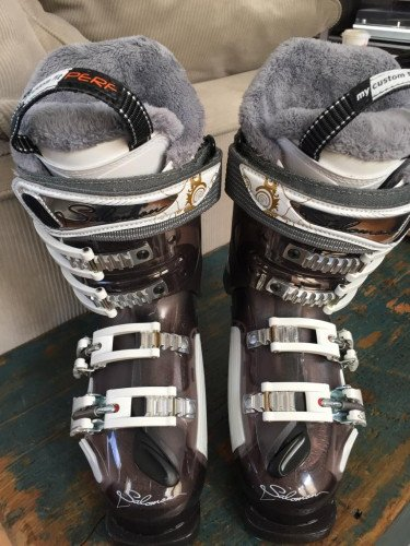 LIKE NEW Salomon Instinct 90 CS Women's Ski Boots - Size 22