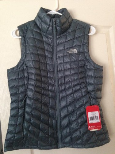W's Brand New TNF Thermoball Vest, Size M