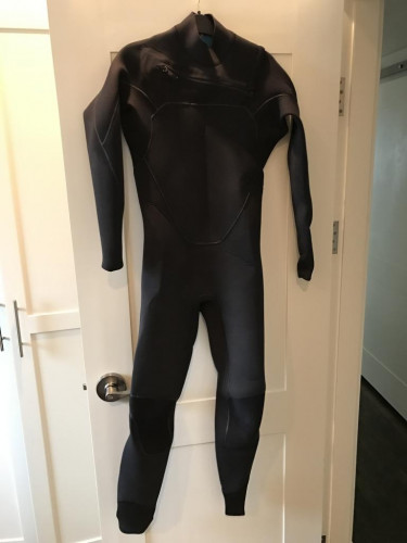 New 2016 Patagonia Yulex R2 M Wetsuit (MT)