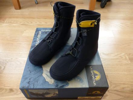 Photograph of  La Sportiva Baruntse Mountaineering Double Boot view 5