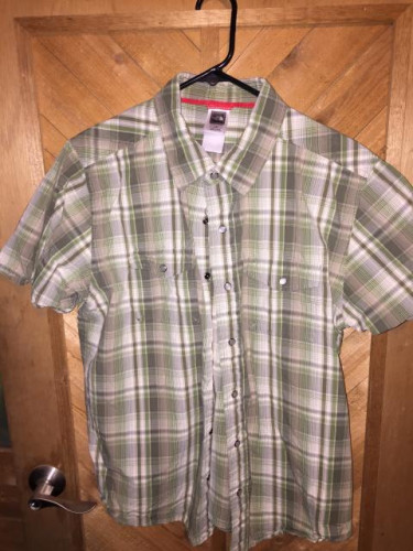 6 outdoor button up shirts north face patagonia