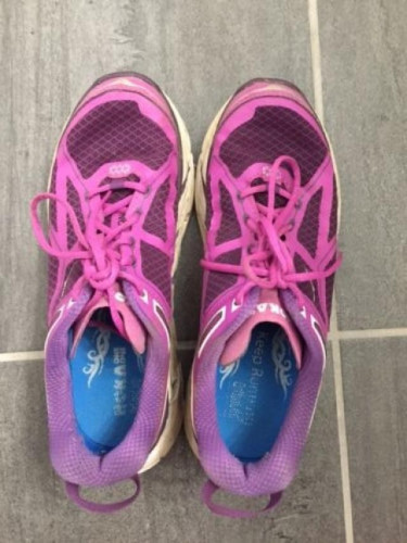 Women's Hoka One One Clifton, Running Shoes, Fuschia Purple, Size 8