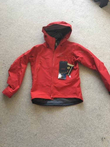 Arc'teryx beta LT jacket (M)