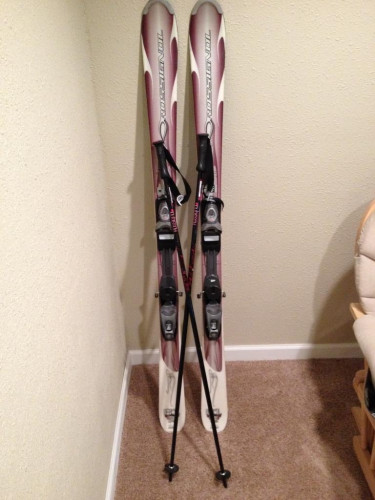 Women's Rossignol B1 Skis with Rossignol Axiom 100 Bindings and Poles