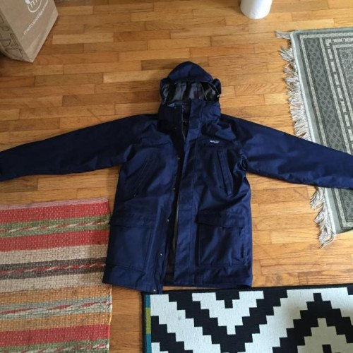 Men's Navy 3-in-1 Patagonia Parka in Small. Worn twice.