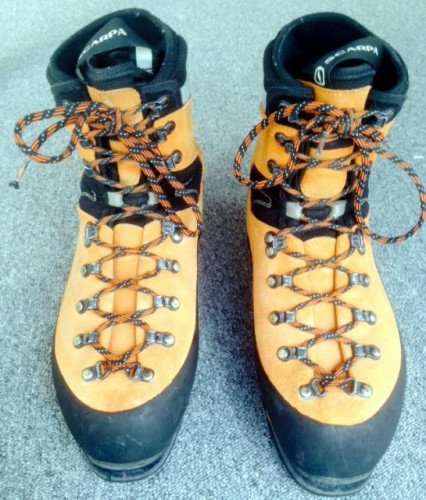 Scarpa Mont Blanc GTX 43 Mountaineering Boot