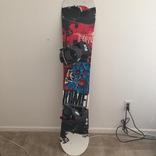 Rome Cheap Trick Snowboard 153 with Flow Flite III