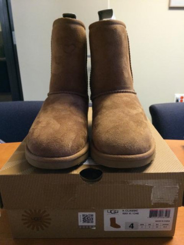 UGG Kid's Classic Short Insulated Casual Boot
