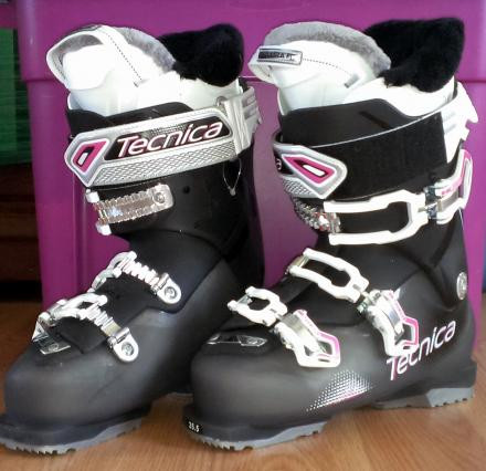 Only Used Once! 2015 Tecnica Ski Boots